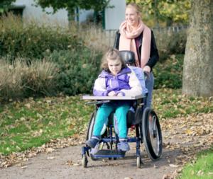 deti 5 300x253 - Досрочная пенсия родителям детей-инвалидов
