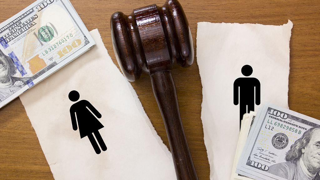 Выплата кредита после развода супругов?