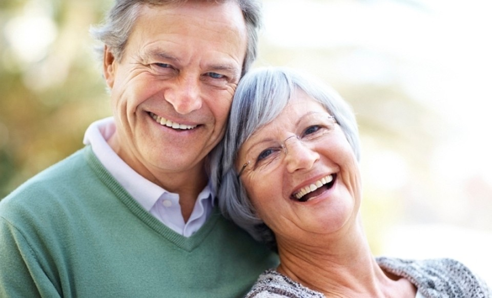 Доплата к пенсии за 30 лет совместной жизни супругов — кому положена